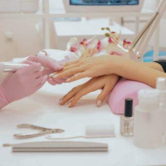 Маникюр и моделирование ногтей